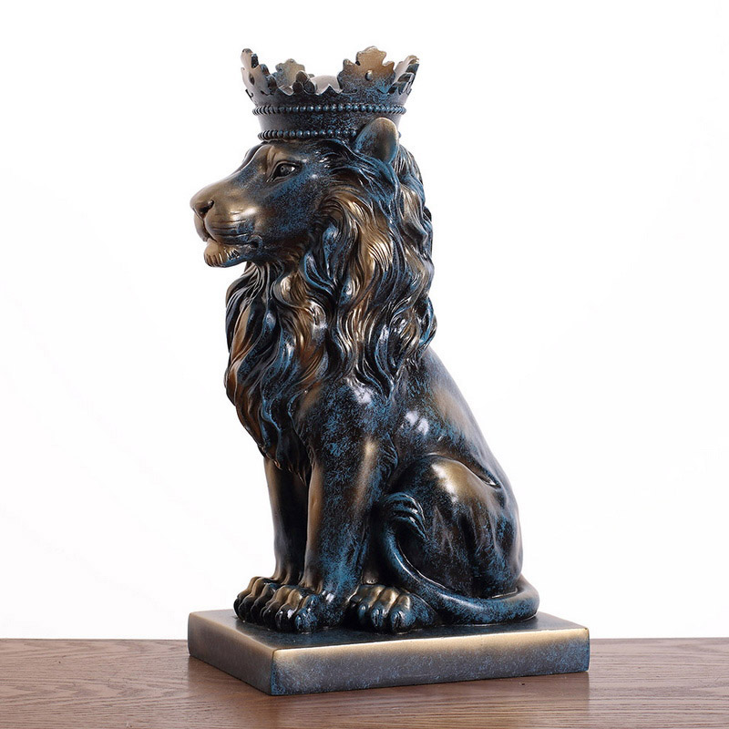 Tượng sư tử đội vương miện