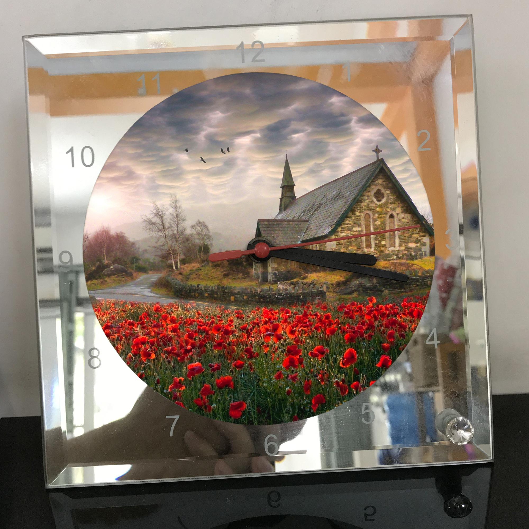 Đồng hồ thủy tinh vuông 20x20 in hình Church - nhà thờ (27) . Đồng hồ thủy tinh để bàn trang trí đẹp chủ đề tôn giáo