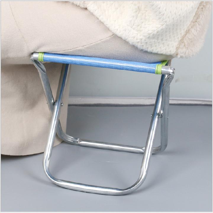 Ghế gấp gọn di động sắt nguyên khối tiện dụng