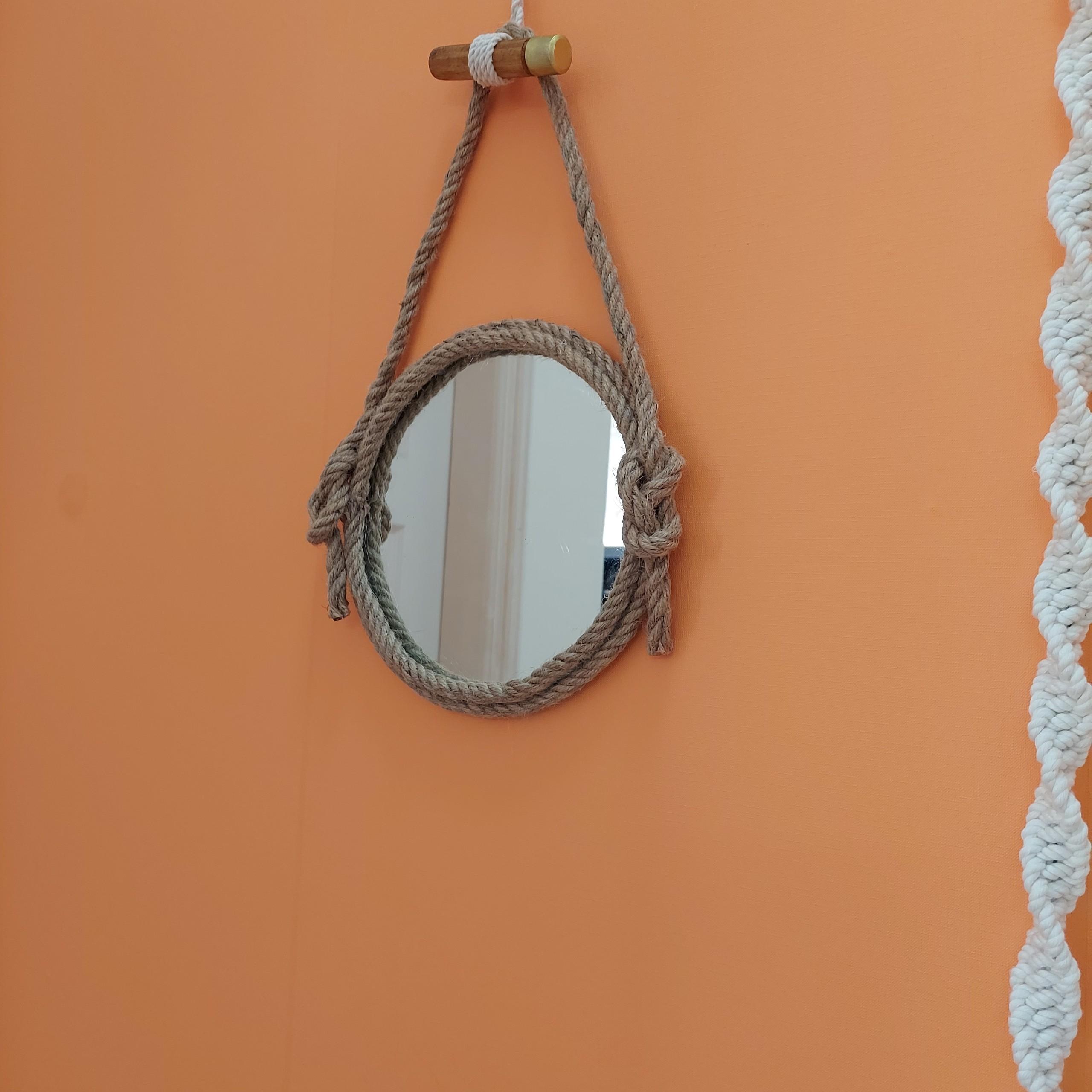 Gương trang trí trang điểm treo tường phôi Bỉ kết hợp dây thừng
