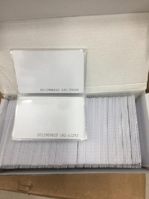 Thẻ từ cảm ứng Proximity 125 KHz - Loại mỏng 0.76 mm, in 18 số - Tốc độ đọc nhanh, tần số ổn định, vận hành lâu dài