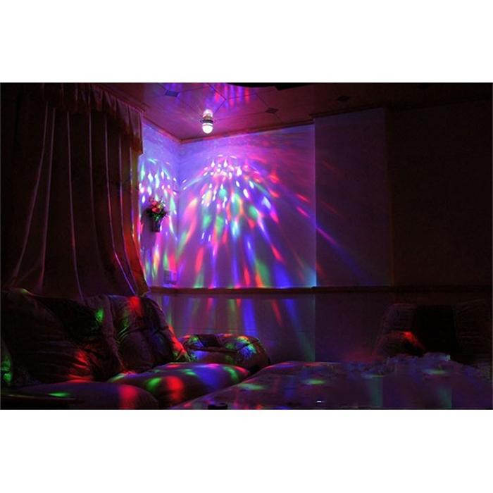 Bóng đèn led vũ trường xoay 7 màu