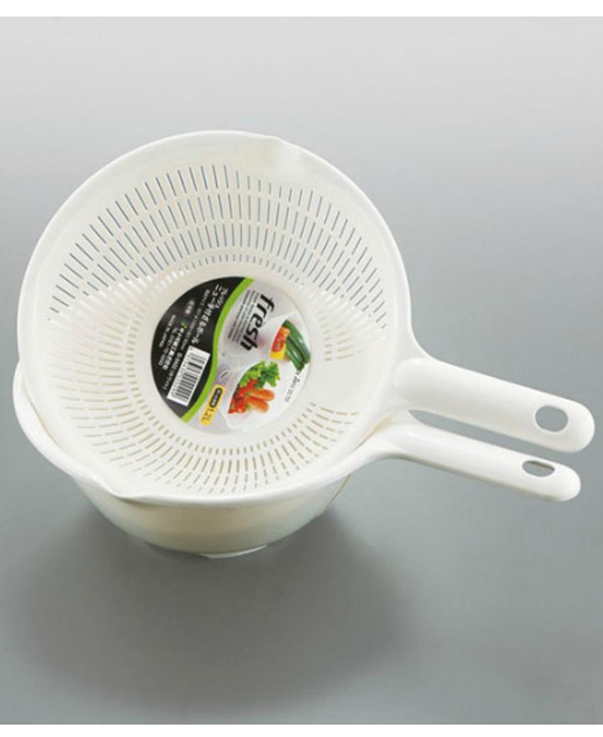 Bộ rổ và thau nhựa 1.2L có tay cầm màu trắng nội địa Nhật Bản