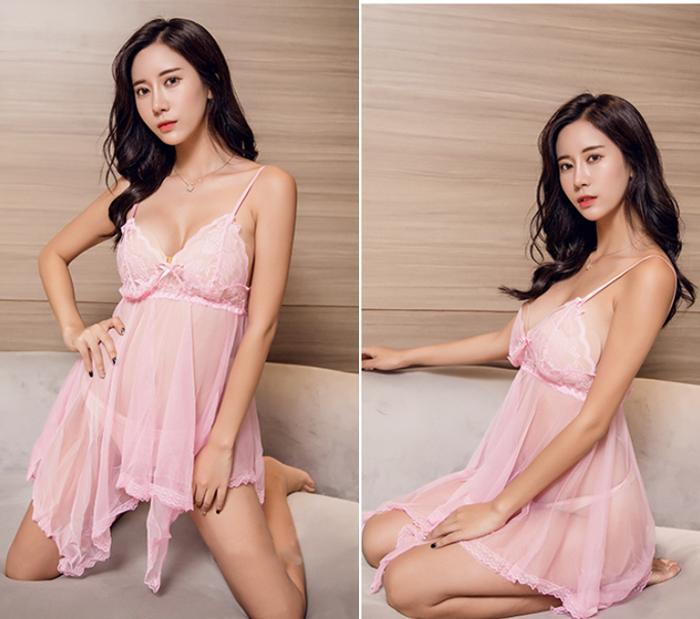 Váy ngủ nữ sexy mỏng hồng gợi cảm kèm quần lọt khe