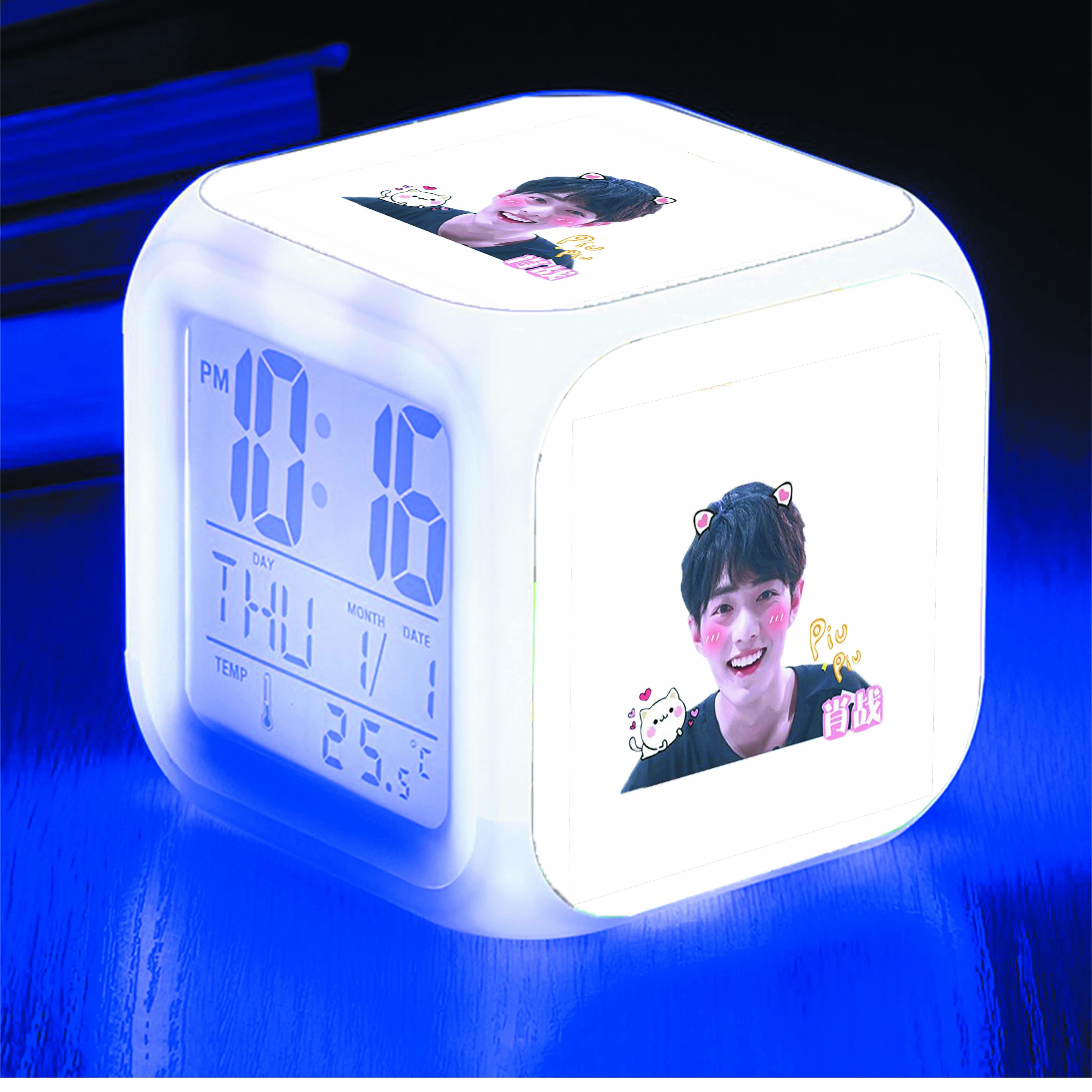 Đồng hồ báo thức để bàn IN HÌNH Tiêu Chiến thần tượng