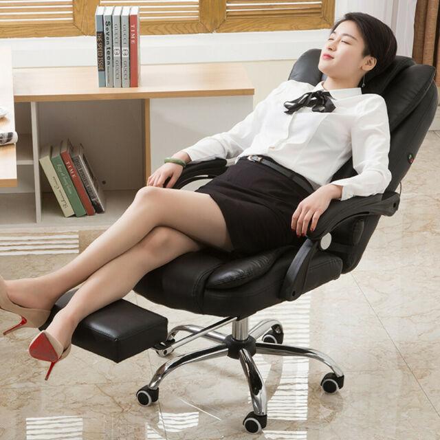 Ghế Xoay Văn Phòng Chân Sắt, Da PU, Đệm Êm Ái Và Có Massage Lưng Giúp Bạn Thư Giãn Sau Những Giờ Làm Việc Căng Thẳng