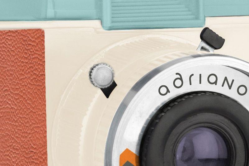 Máy Ảnh Chụp In Liền Diana Instant Square Deluxe Kit Màu Adriano - Chính Hãng