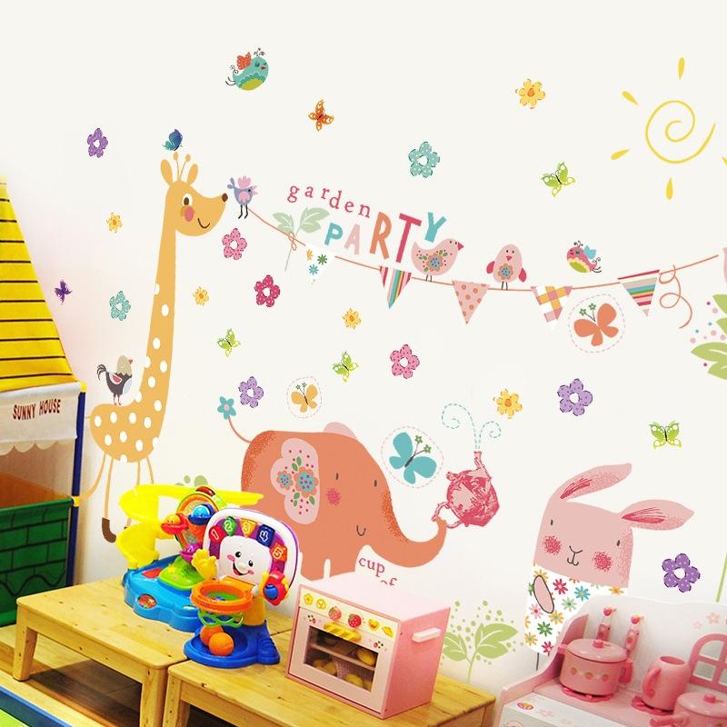 Decal dán tường Voi-Hươu-Thỏ vui chơi Trang trí phòng cho bé đẹp