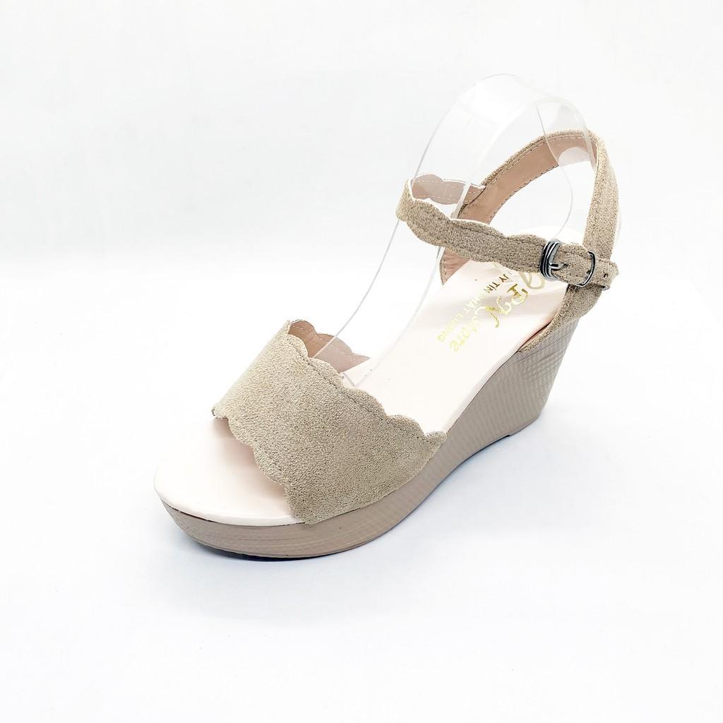 Giày Sandal Đế xuồng 9cm Quai bản kem sóng __LZ018