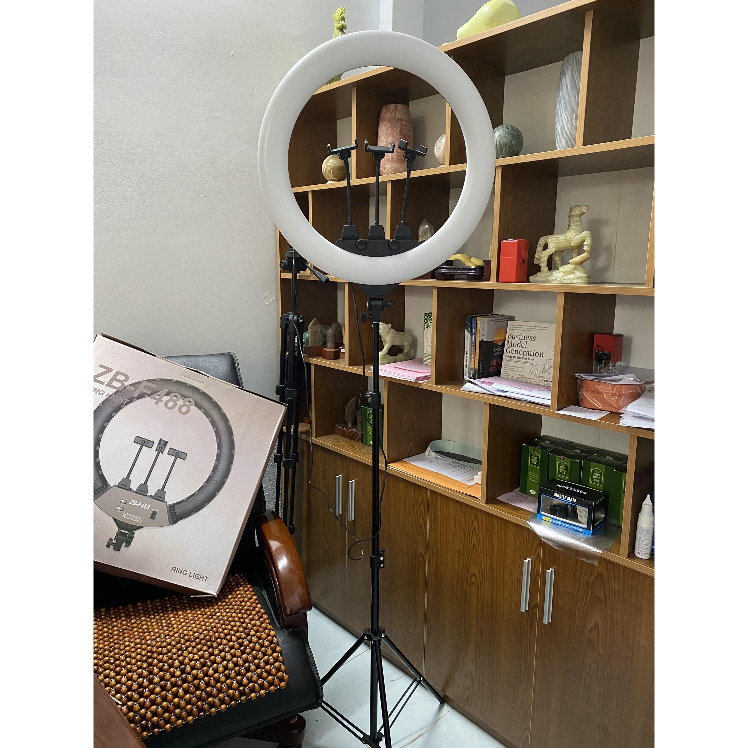 Đèn Led Ring 54cm Trợ Sáng, Hỗ Trợ Livetream, Quay Video, Tiktok, Make up, Studio, Tatoo, 3 Kẹp Điện Thoại,3 Chế Độ Sáng, Kèm Remot Và Túi Đựng