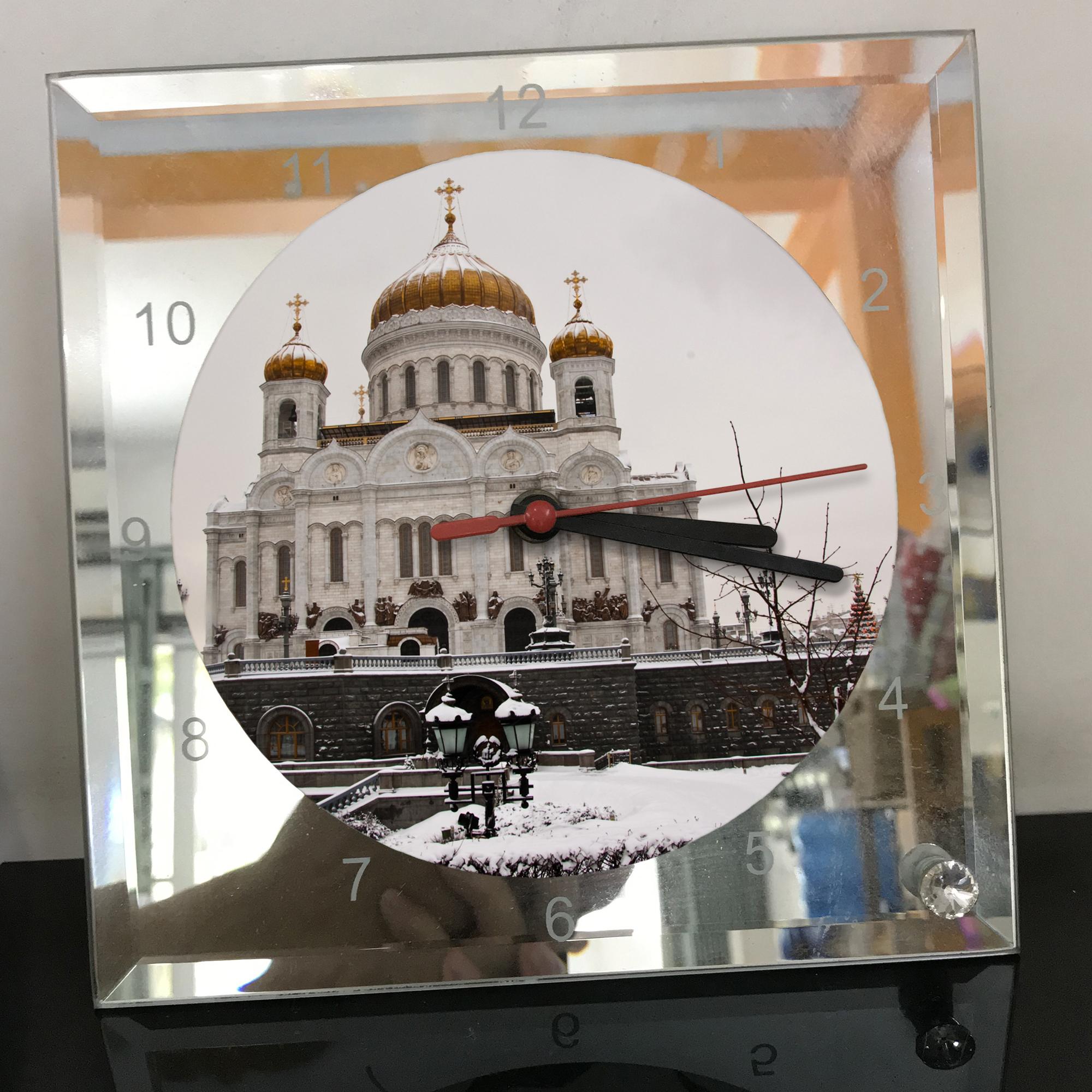 Đồng hồ thủy tinh vuông 20x20 in hình Cathedral Of Christ the saviour (23) . Đồng hồ thủy tinh để bàn trang trí đẹp chủ đề tôn giáo