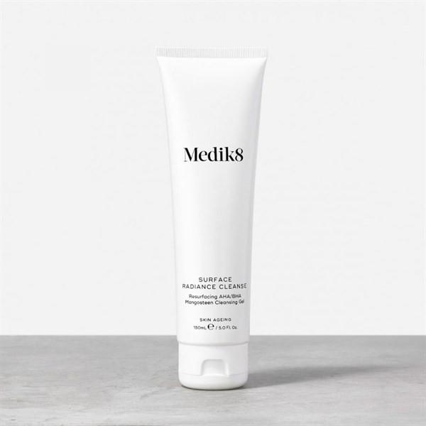 Sữa Rửa Mặt Medik8 Surface Radiance Cleanse 150ml