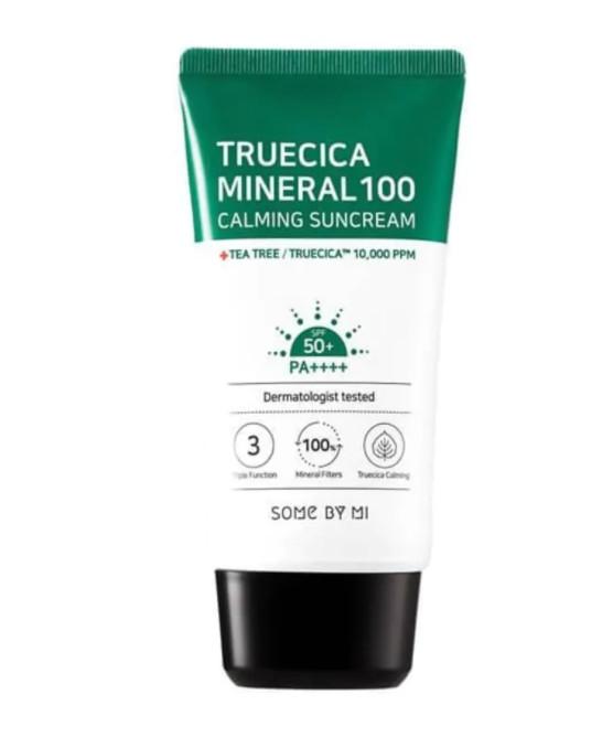 Kem Chống Nắng Dành Cho Da Dầu Mụn, Nhạy Cảm Some By Mi Trucica Mineral 100 Calming Suncream SPF50+/PA+++ 50ml tặng kèm bông nở (màu ngẫu nhiên)