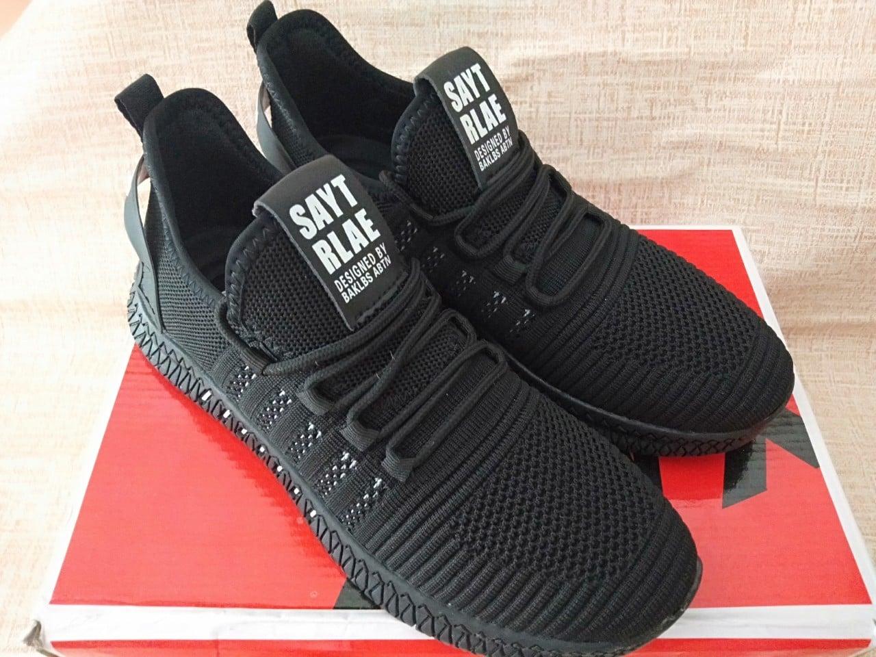Xả hàng !!! giày thể thao nam màu đen siêu đẹp