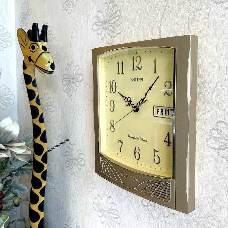 Đồng hồ treo tường Nhật Bản RHYTHM CFH104NR18, Kt 28.0 x 31.5 x 6.8cm, 1.44kg, Vỏ Nhựa