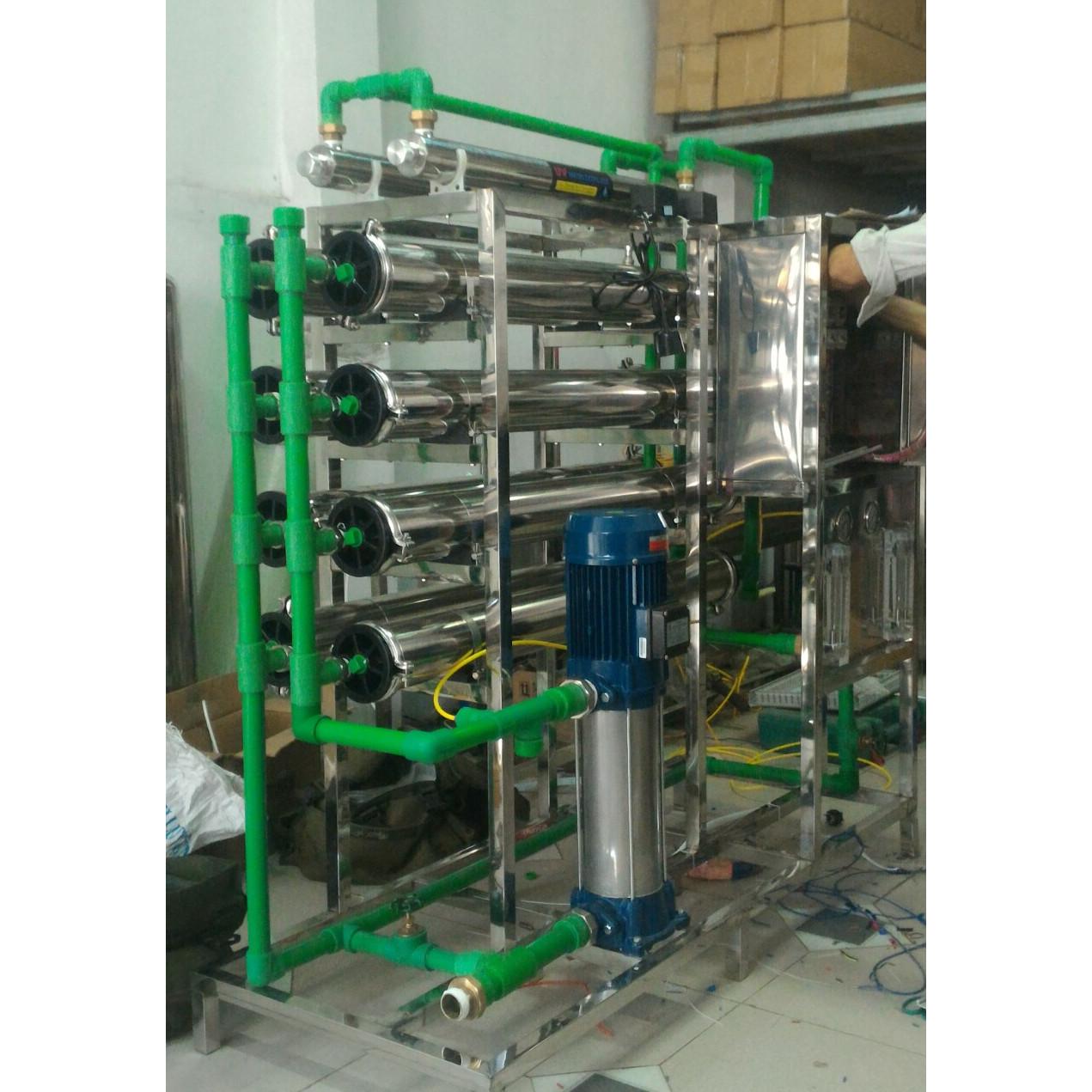 Máy lọc nước RO 2000 lít - Hàng chính hãng
