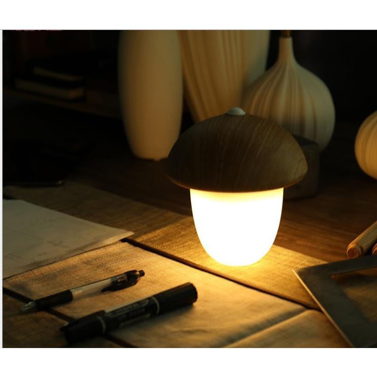 Đèn để bàn tích điện 2200mA, cảm ứng chạm điều khiển nhiều mức sáng, đọc sách, đèn ngủ hạt dẻ trung vàng