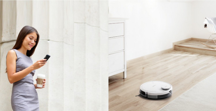 selling_point_1503995559Robot-Vacuum-Cleaner-DEEBOT-OZME930-13.jpg