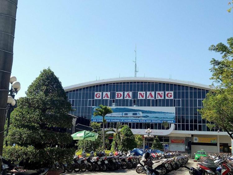 Kết quả hình ảnh cho Ga Đà Nẵng