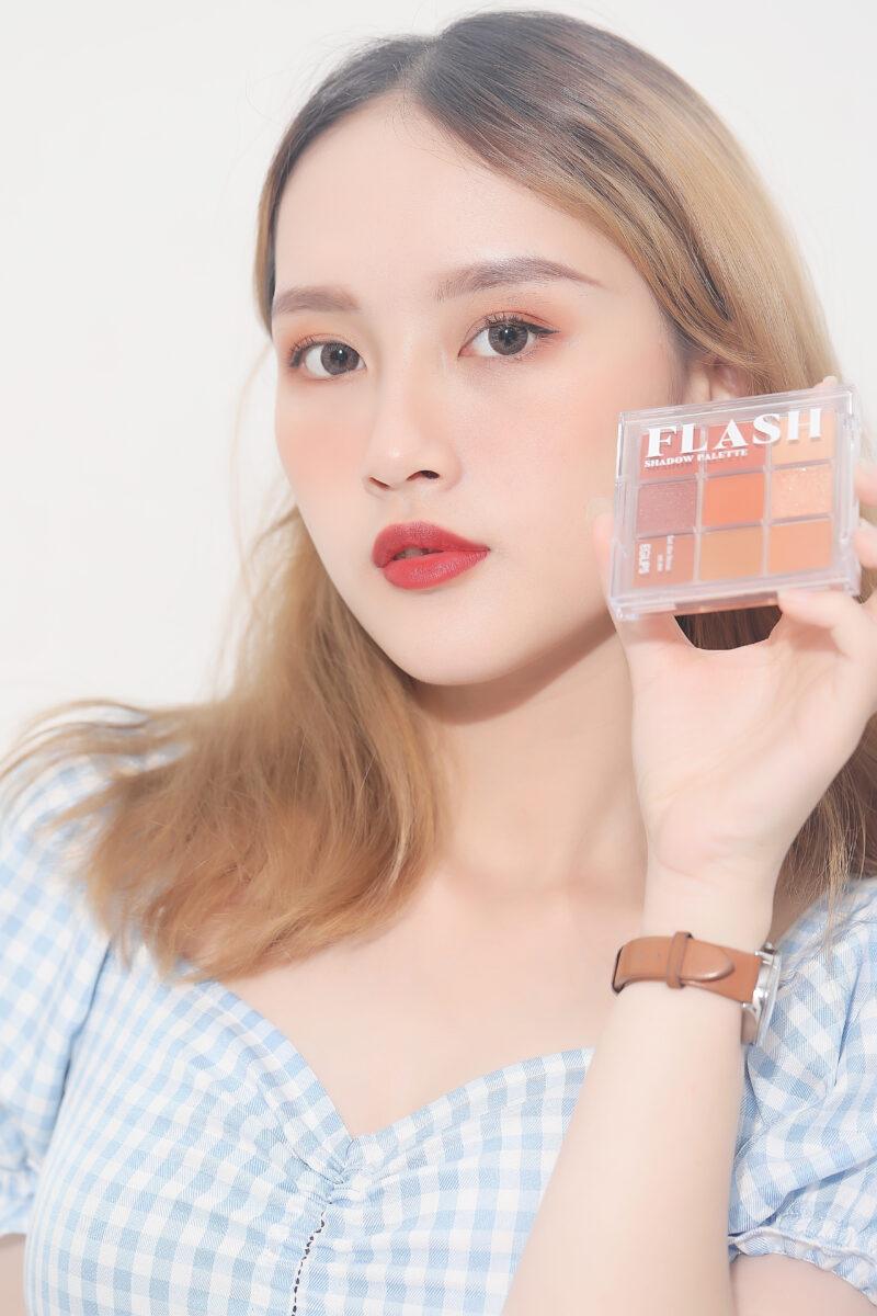 Bảng phấn mắt Eglips Flash Shadow Palette 8.1g – #01 Sunset Crush