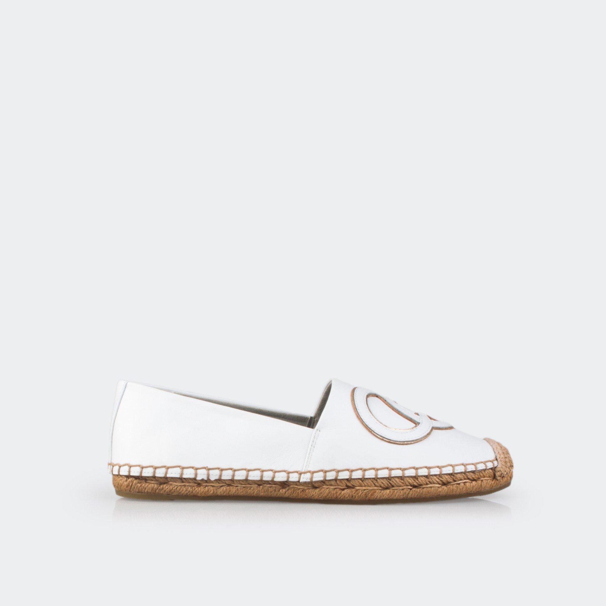 GBB143TRADA - Giày búp bê