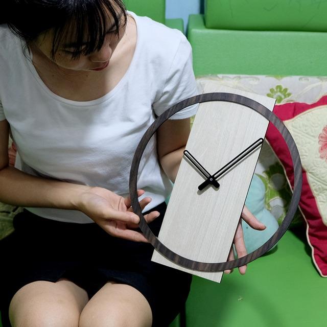 Đồng hồ gỗ nghệ thuật phong cách Hàn Quốc