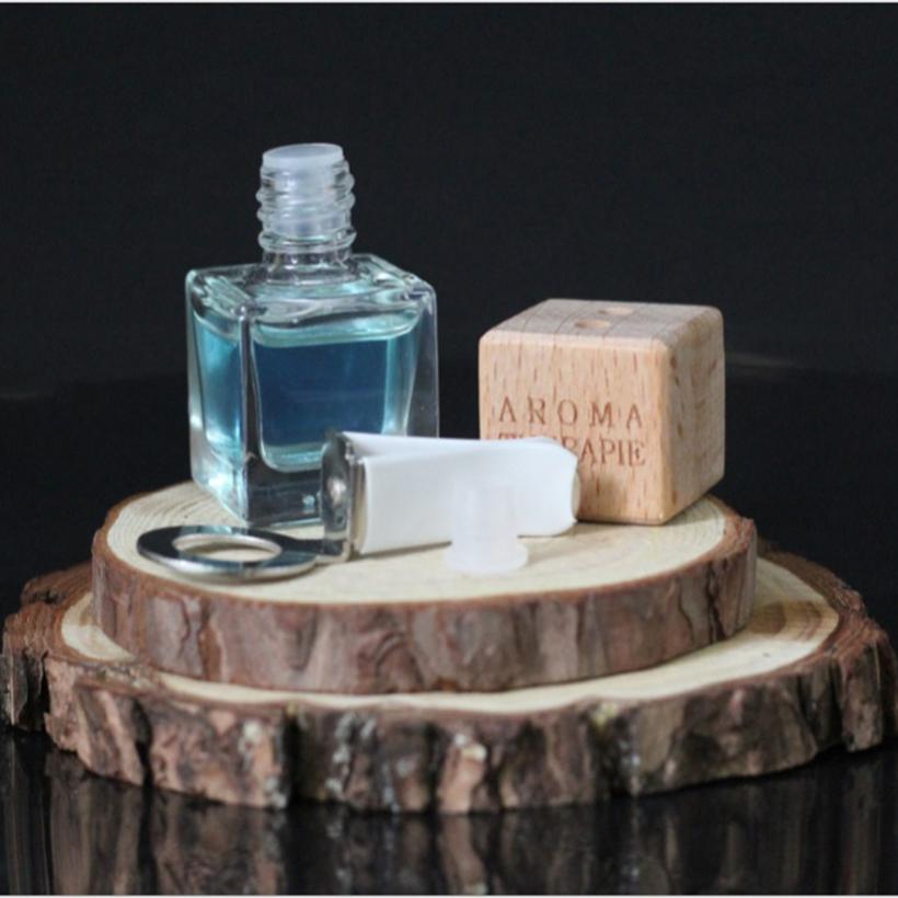 Lọ khuếch tán tinh dầu bạc hà có đầu kẹp 8ml Ngọc Tuyết