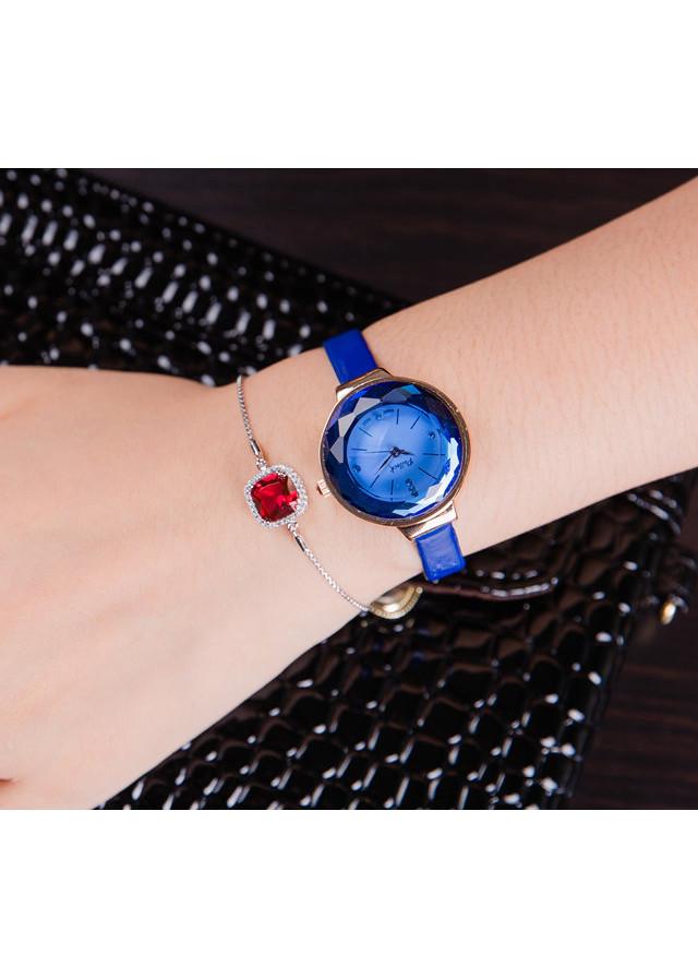Đồng hồ nữ dây da mặt tạo hình kim cương