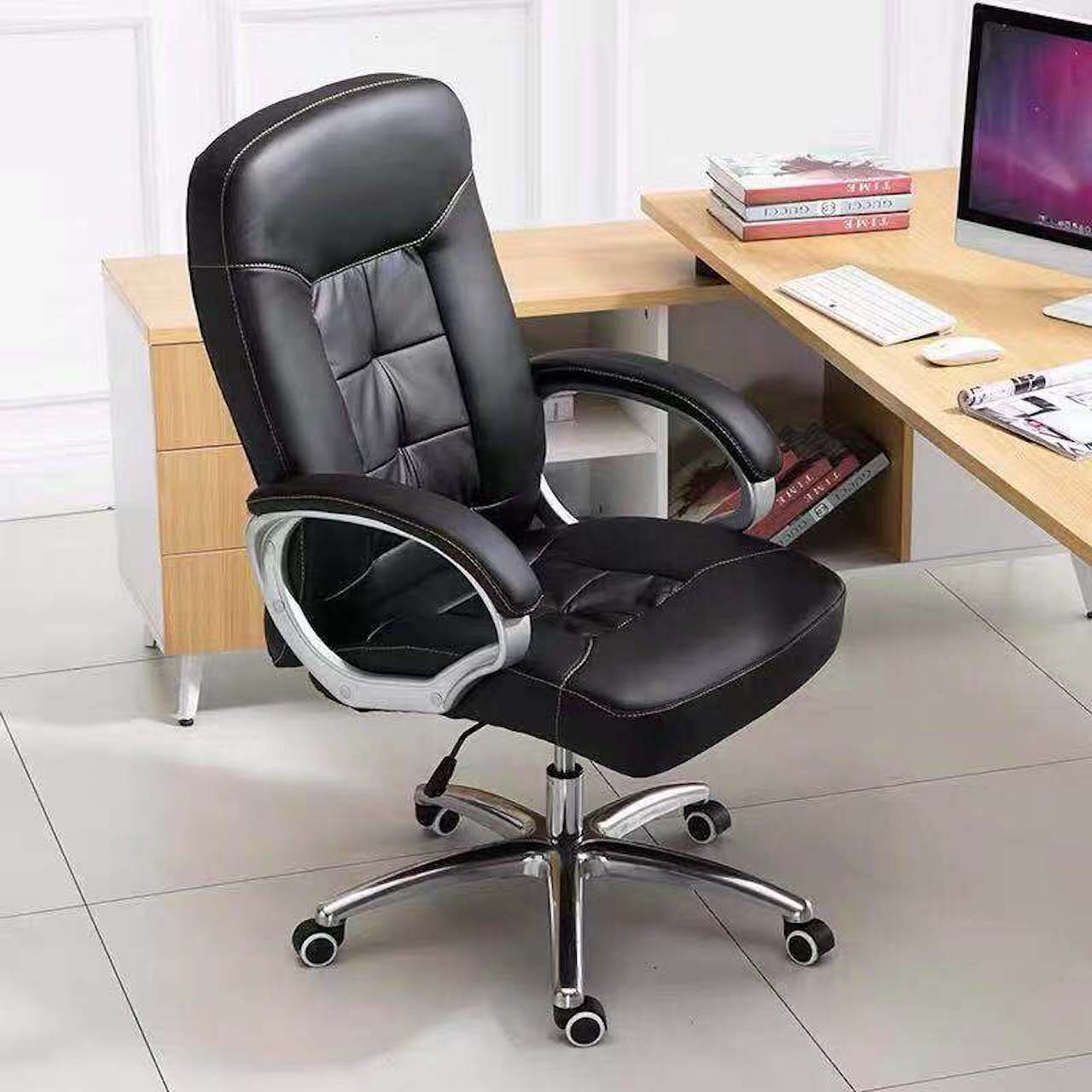 Ghế xoay văn phòng nhập khẩu DA002-U1 (ĐEN)