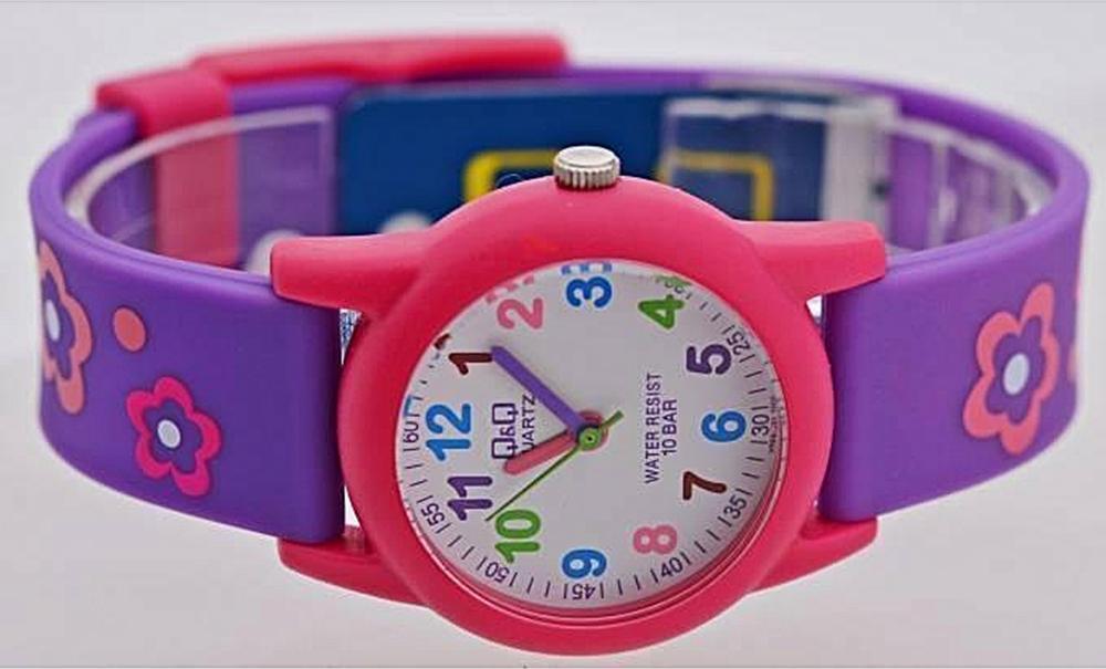 Đồng hồ trẻ em Q&Q Citizen  VR99J001Y dây nhựa