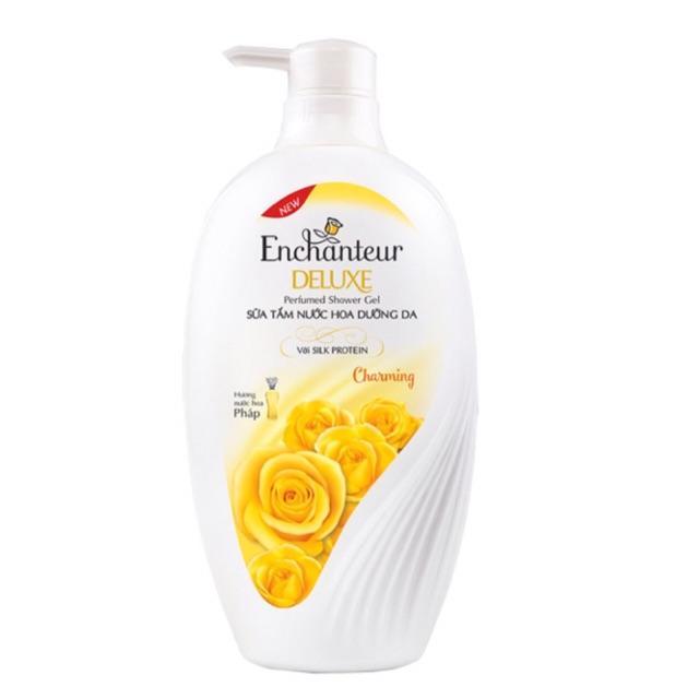 Hộp quà sữa tắm nước hoa Enchanteur Charming 650ml