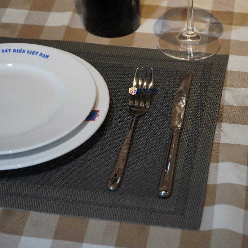 Set 3 món dao thìa dĩa inox 304 cao cấp Quà Tân Gia, Trang Trí Bàn Ăn