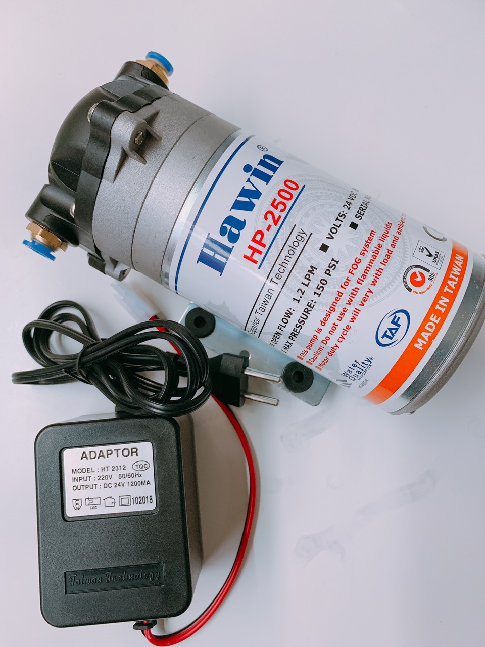 Máy bơm phun sương mini 24V kèm nguồn Adaptor 24V (chạy 20 đầu béc phun sương )