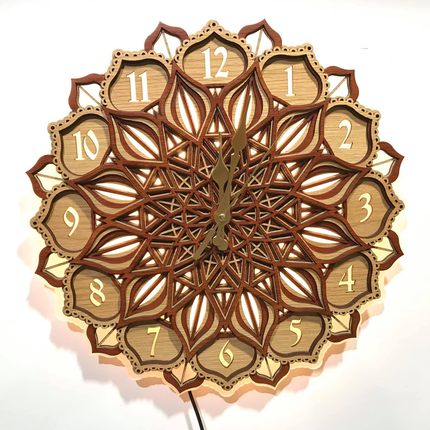 Đồng hồ gỗ mandala đèn led treo tường KD31