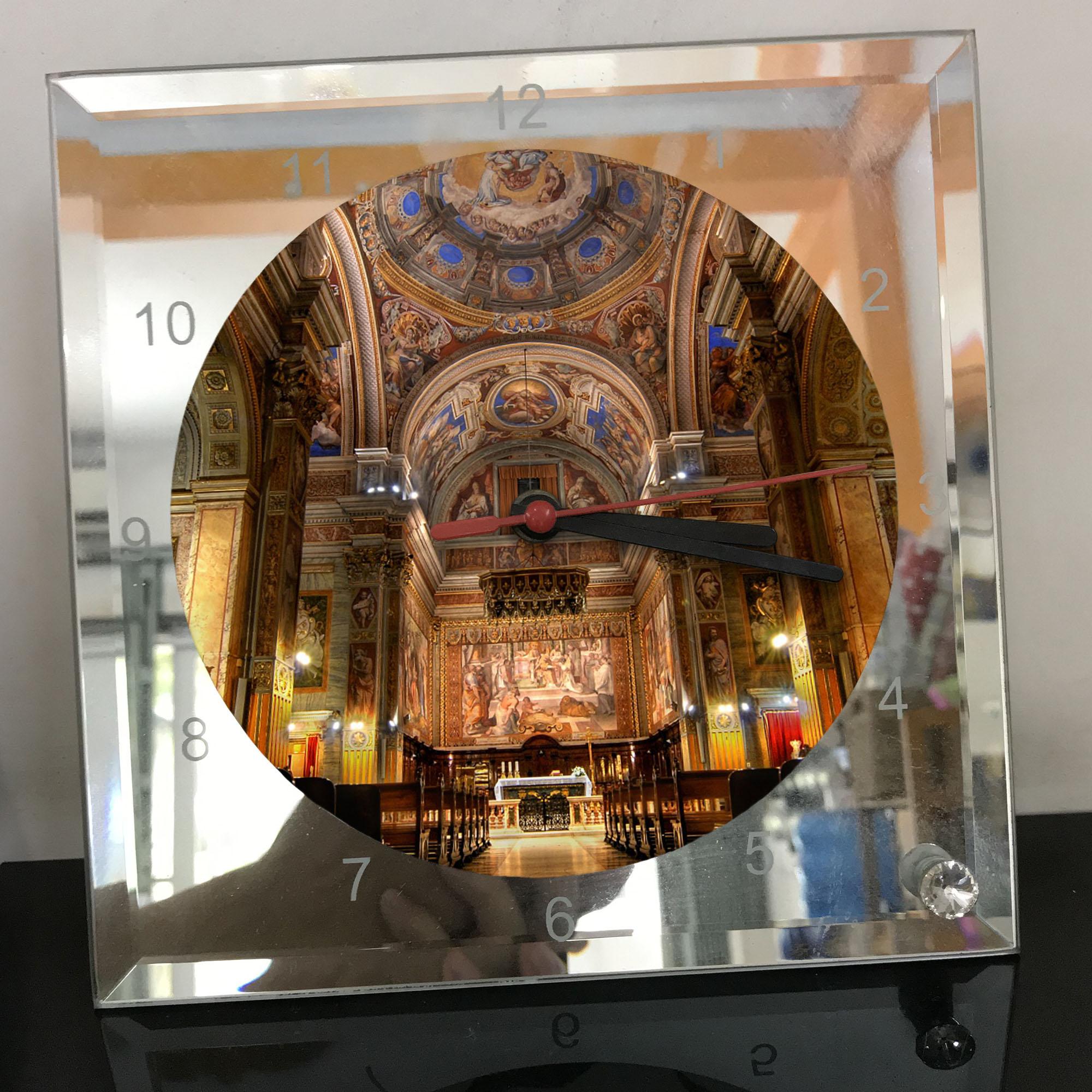 Đồng hồ thủy tinh vuông 20x20 in hình Cathedral - nhà thờ chính tòa (37) . Đồng hồ thủy tinh để bàn trang trí đẹp chủ đề tôn giáo