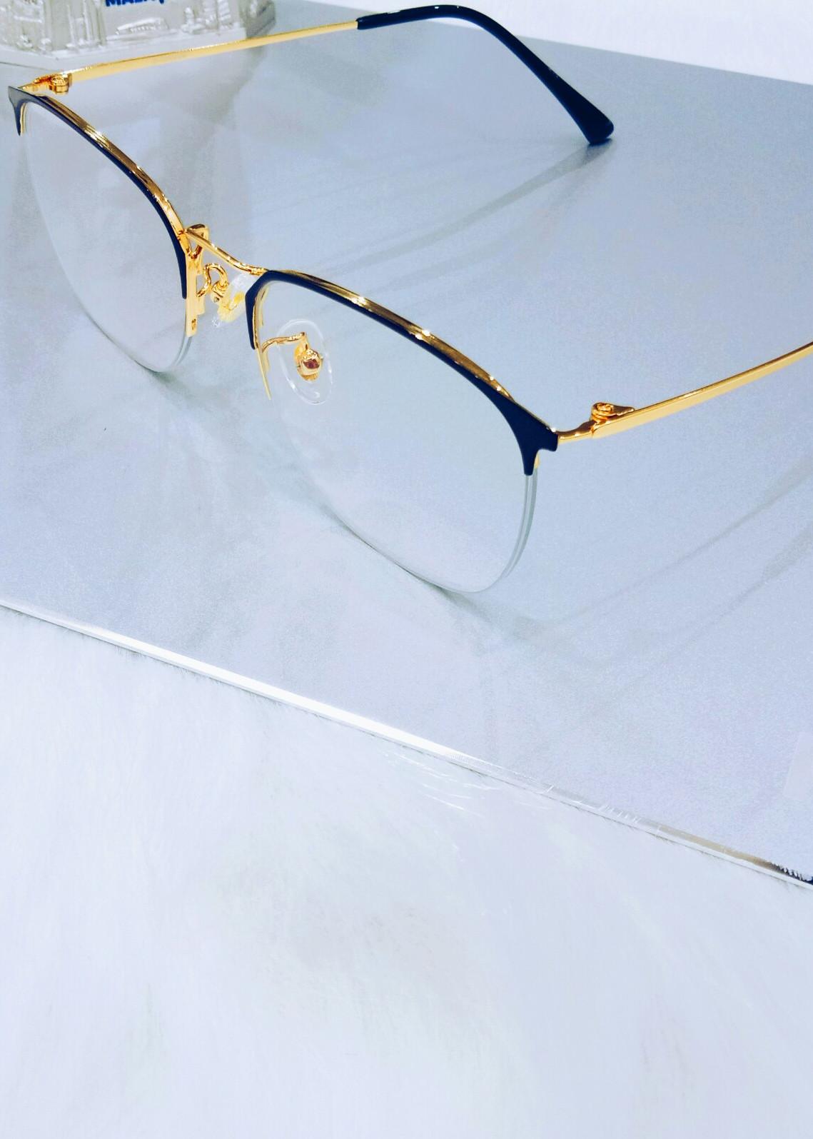 Kính chống ánh sáng xanh gọng Titan Kavi A6 Nam màu vàng