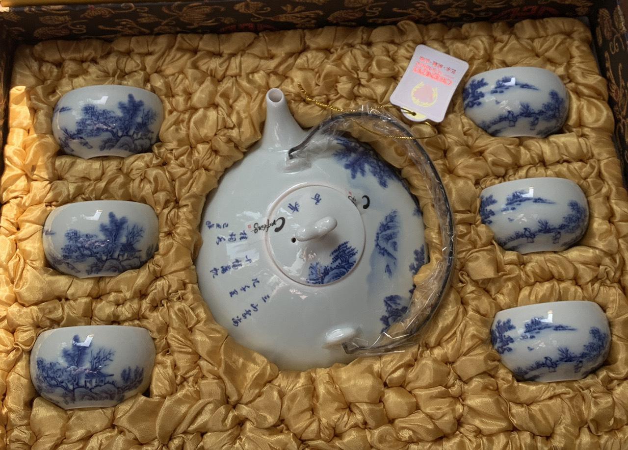 Bộ ấm trà Nhật  trắng xanh