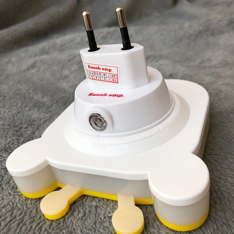 Đèn Ngủ LED Điện Quang ĐQ LNL03 WW (Cảm Biến Quang, Hình con bò, Ánh Sáng Vàng)