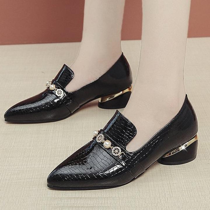 Giày loafer đế vuông 3 phân mũi nhọn đính hạt châu S017