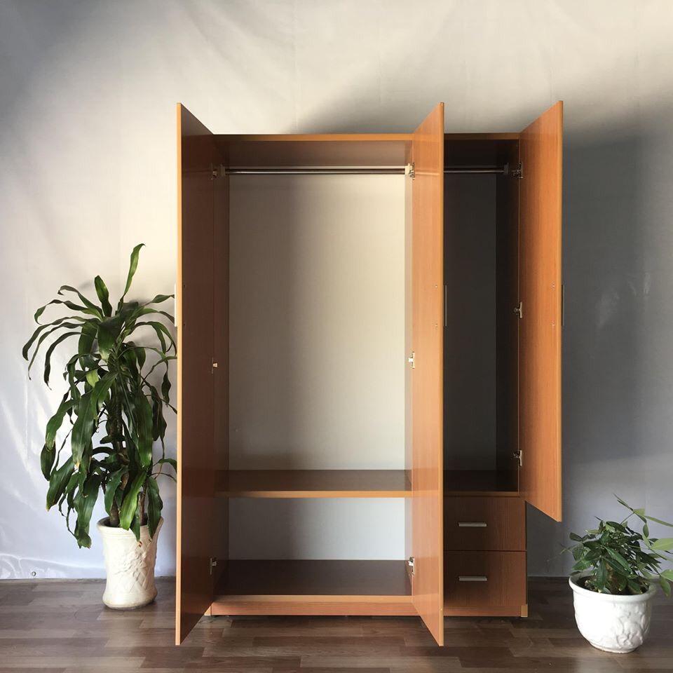 Tủ áo MRC 123*185*47 Cm (màu nâu gỗ)