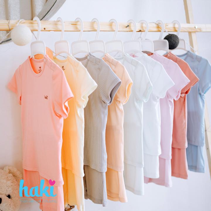 Bộ quần áo sơ sinh cho bé vải gỗ sồi - modal siêu mềm mịn cao cấp - đồ sơ sinh cho bé (2,5kg - 15kg) - bộ cộc tay cho bé Haki BM002