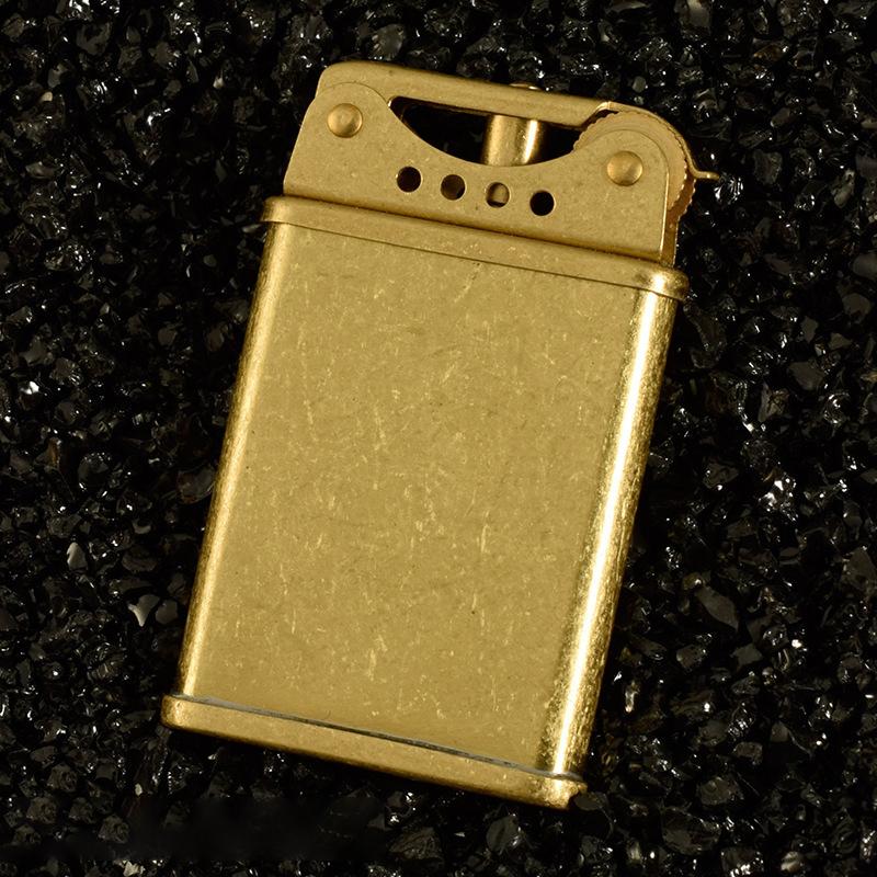 Bật Lửa Z567 Xăng Đá Đồng Khối
