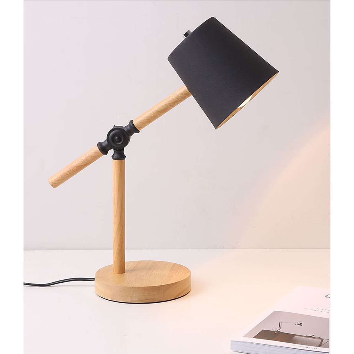 Đèn bàn - đèn trang trí nội thất LENTIN thân gỗ - tặng kèm bóng LED