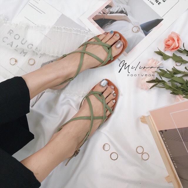 Sandal nữ đế bằng quai đan chéo siêu xinh-SB11