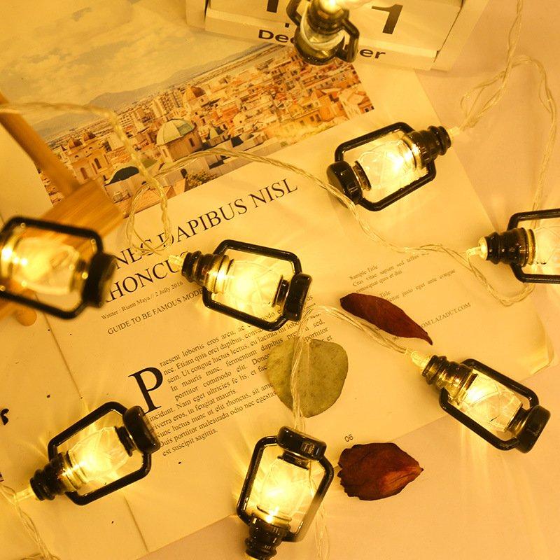 Đèn Led Hình Chiếc Đèn Dầu 3M 20 Đèn Dễ Thương Thích Hợp Trang Trí Phòng Ngủ , Tiệm , Quán ,Không Gian Lãng Mạn .