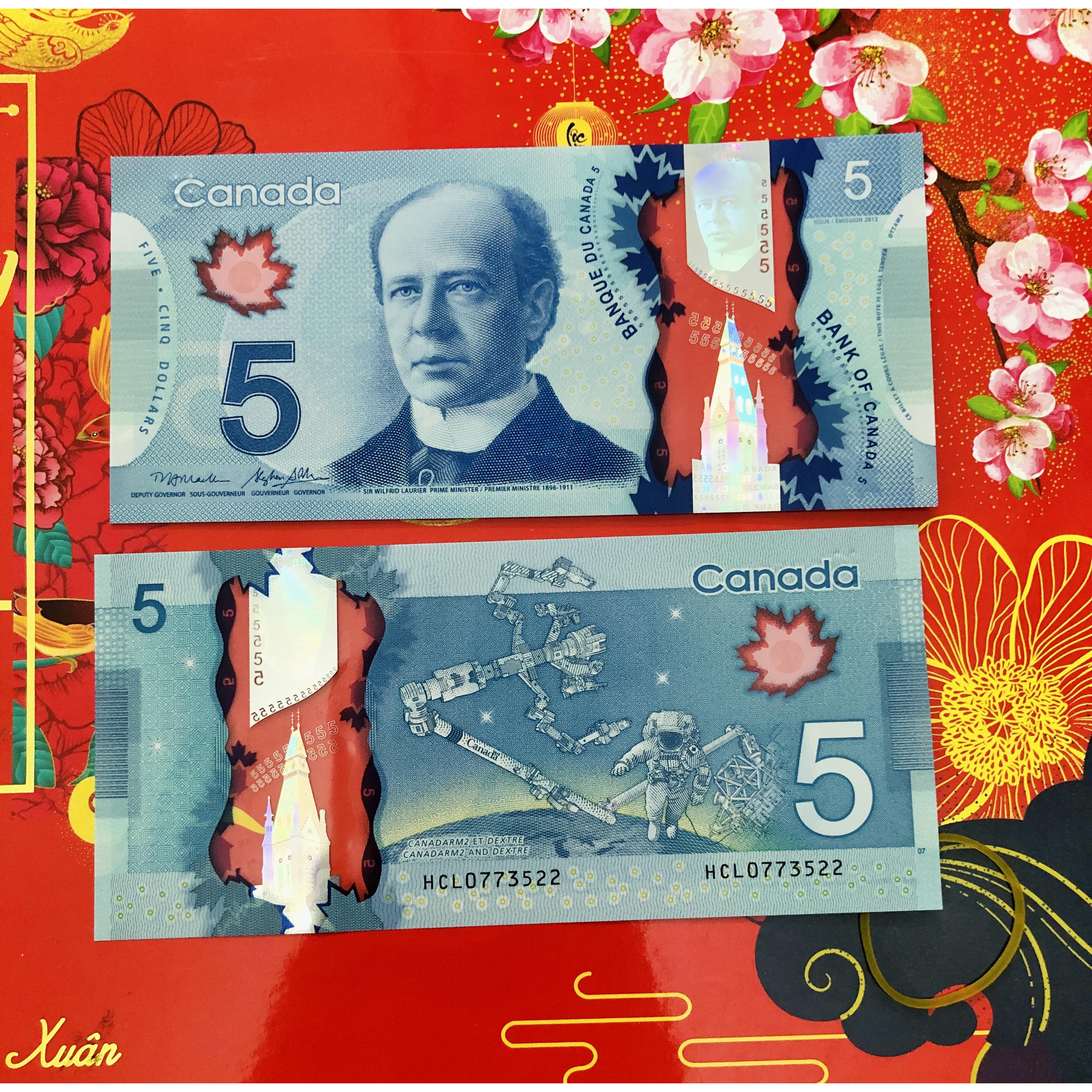 01 Tờ Tiền Canada 5 Dollar bằng polyme xưa sưu tầm, mới 100% UNC - kèm bao lì xì