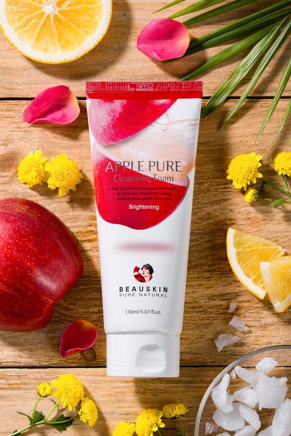 Sữa rửa mặt trắng da hỗ trợ trị mụn đầu đen tẩy nhờn mờ sẹo Beauskin Apple Pure Cleansing Foam, Hàn Quốc 150 ml