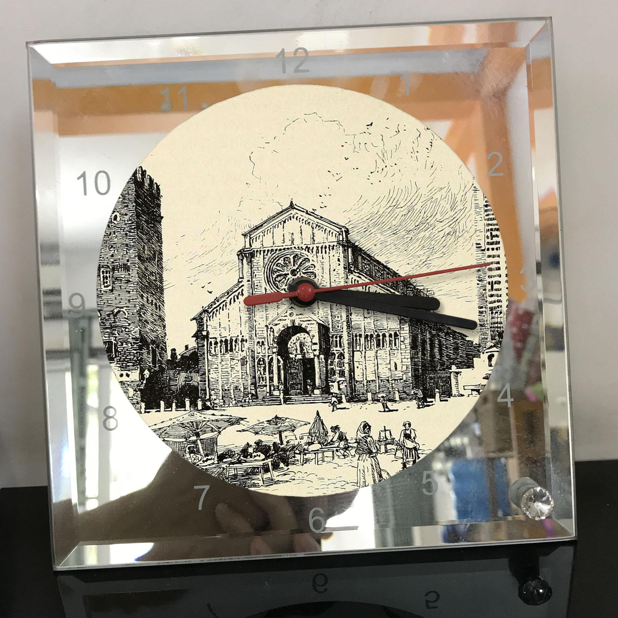 Đồng hồ thủy tinh vuông 20x20 in hình Cathedral - nhà thờ chính tòa (39) . Đồng hồ thủy tinh để bàn trang trí đẹp chủ đề tôn giáo