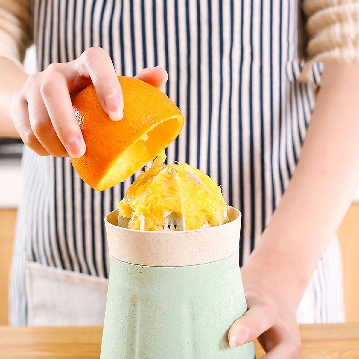 Dụng cụ vắt cam lúa mạch có tay cầm tiện dụng chịu nhiệt tới 120 độ C