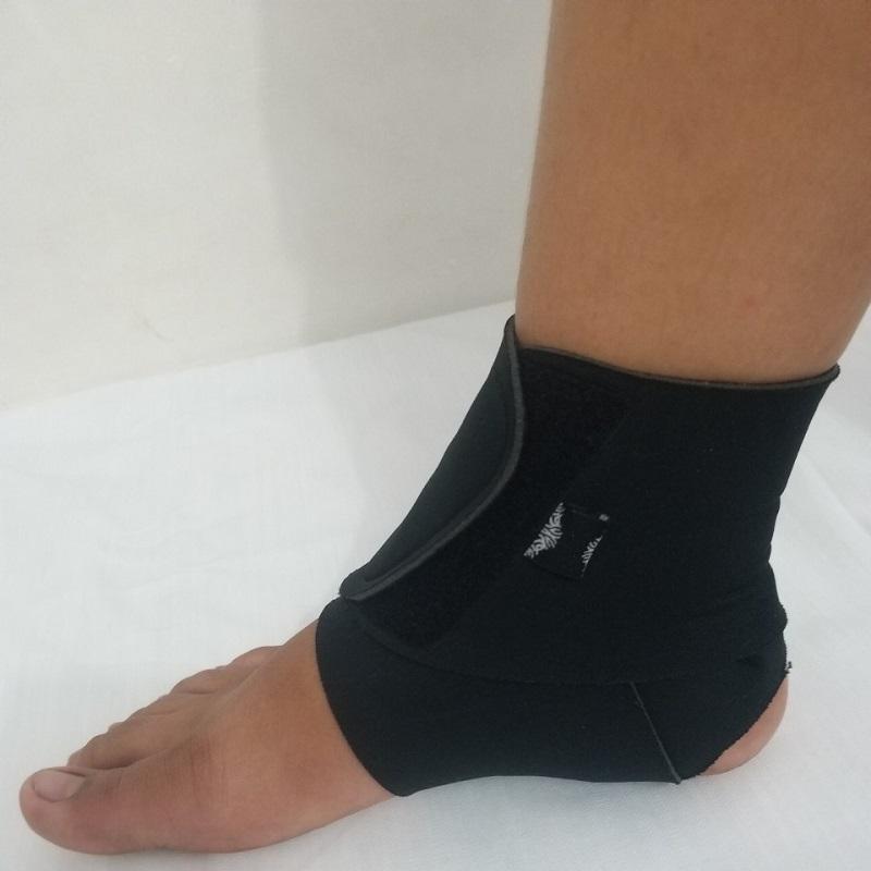 Băng cuốn cổ chân chơi thể thao